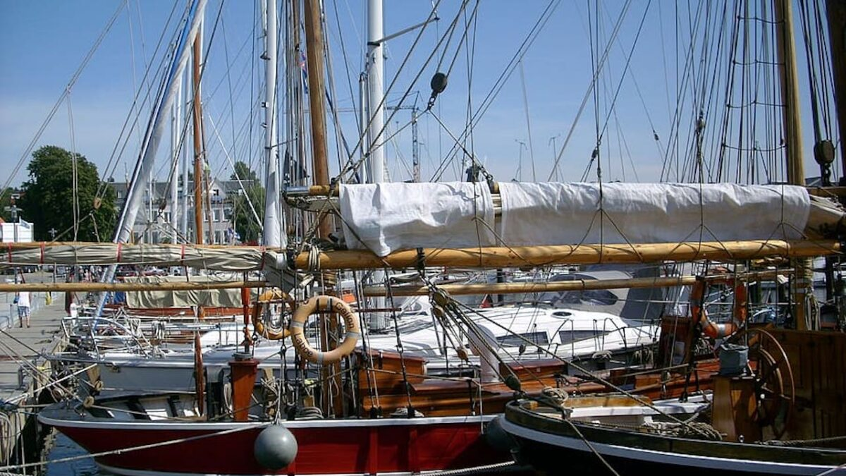 Historic Sailboat Owners Set Sail in Protest